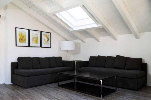 B&D la scalinata 3rd floor apartment sofa living