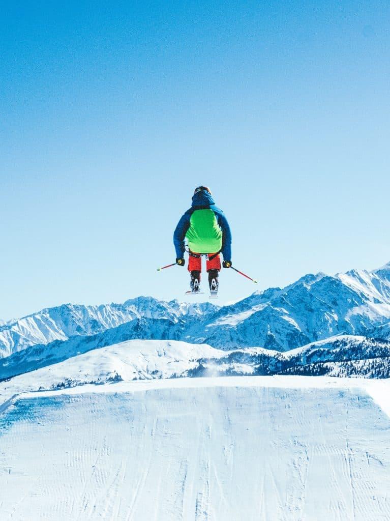 skiing in Bobbio on lake como mountains
