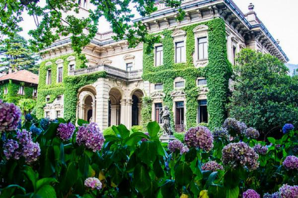 villa erba garden