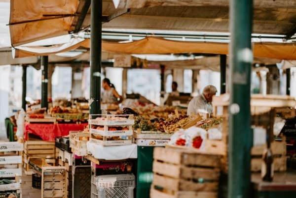 Local_market